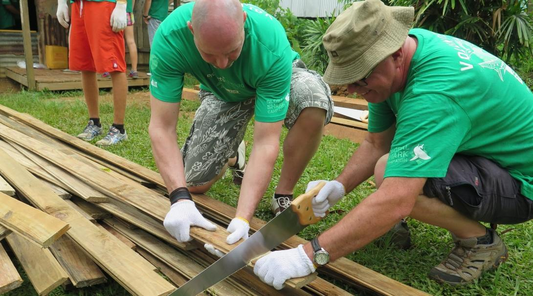 Older Projects Abroad volunteers complete volunteer building work abroad for over 60s.